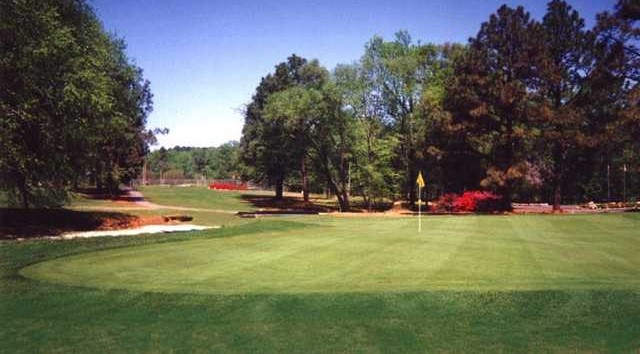 Willow Springs Country Club - Golf Course Information | Hole19